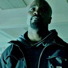 Sweet Christmas! Did you see the Luke Cage Trailer?